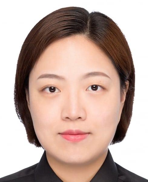 """<font size=""""3"""">Prof. Zhang Jingwei</font size=""""3"""">"""