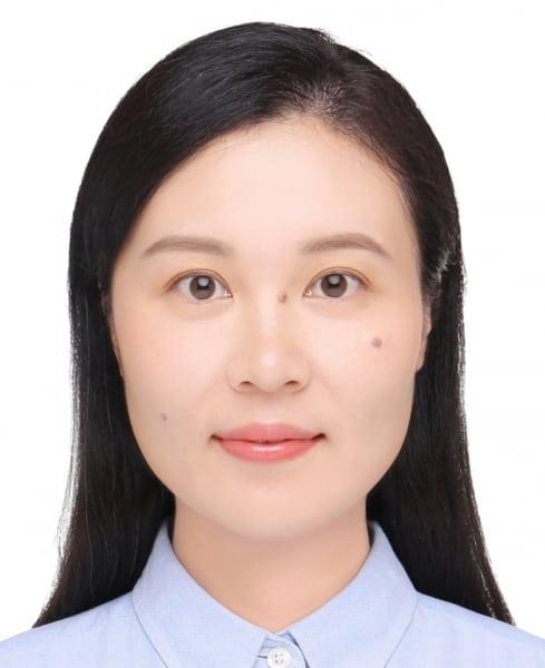 "<font size=""3"">Prof. Chen Can, Monica</font size=""3"">"